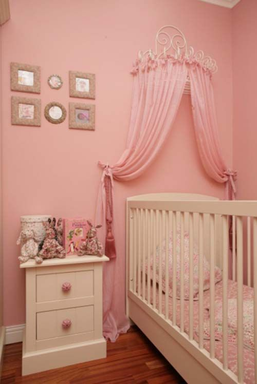 Pink And White Room For Your Baby Girl Photo Gallery