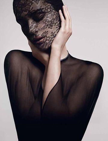 Masque dentelle Givenchy