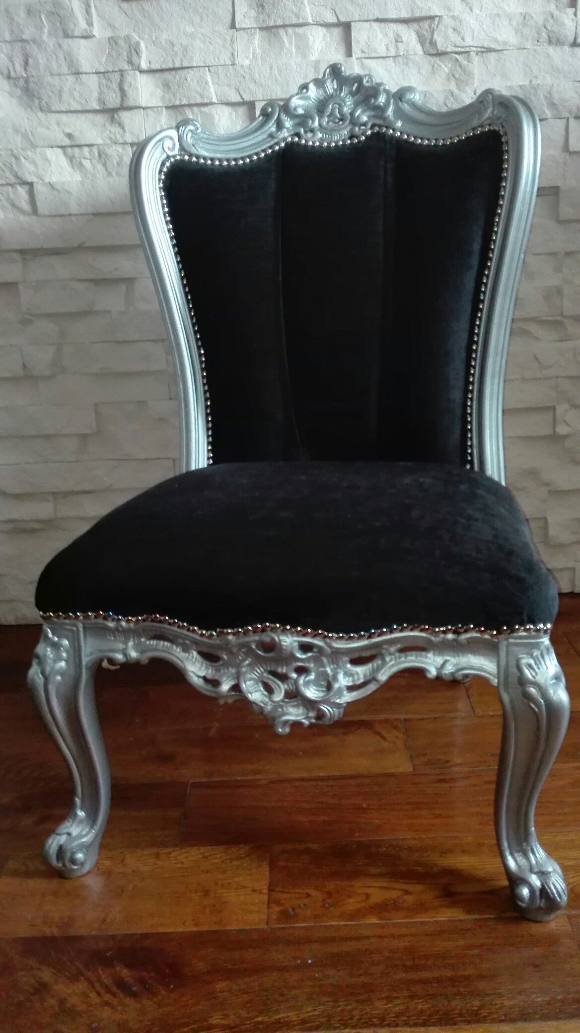 ELEGANT bedroom Chair Armchair. Refurbished. The ArmChair have been ...