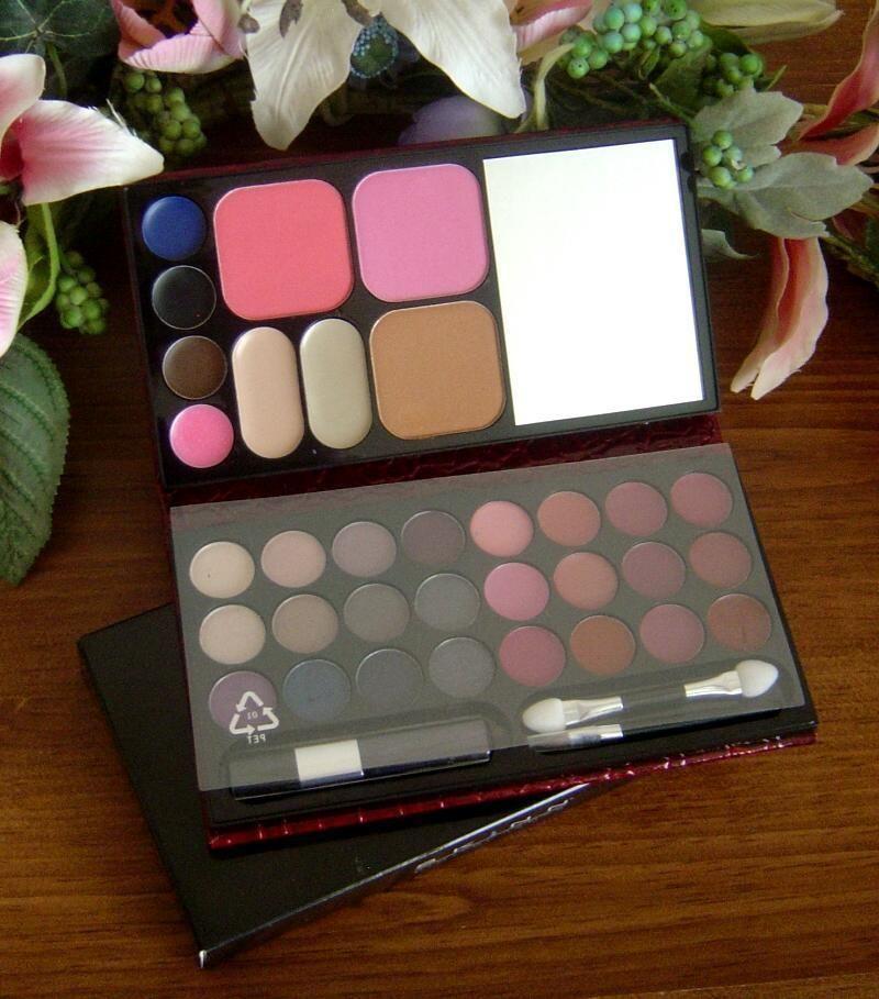 Skinn Dimitri James Palette of Perfection Hello Gorgeous NIB Eyes Lips Blush + #SkinnDimitriJames