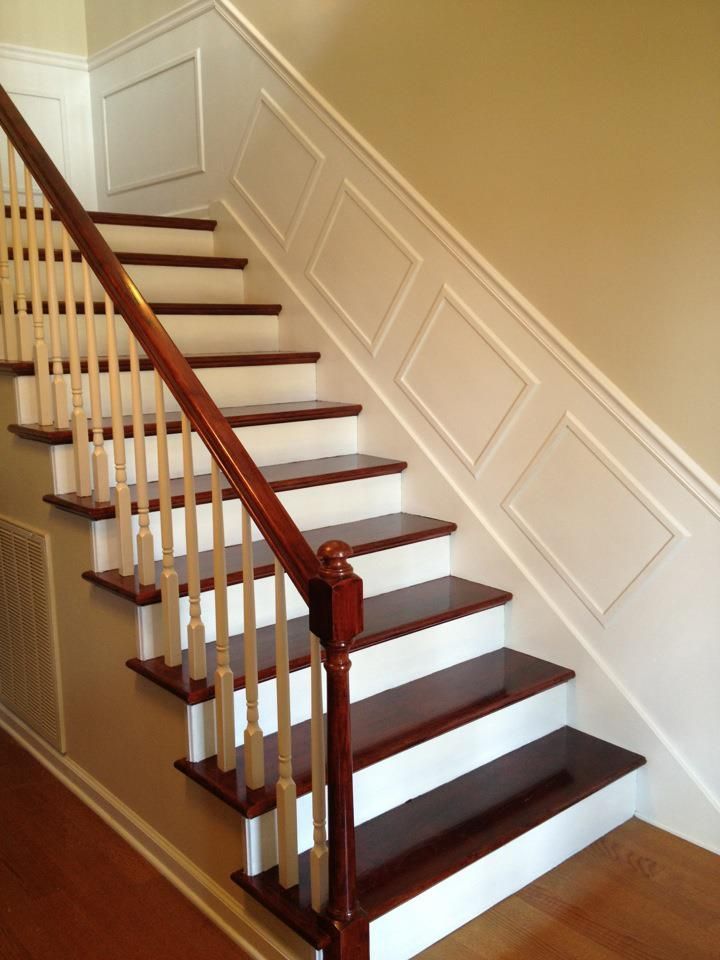 Chair Rail On Stairway Part - 49: White Wall And Chair Rail-stairway