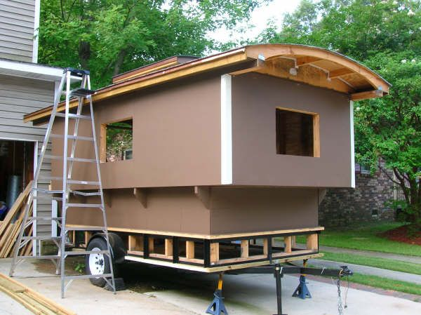 living in a vardo | gypsy vardo | pinterest | gypsy wagon, tiny
