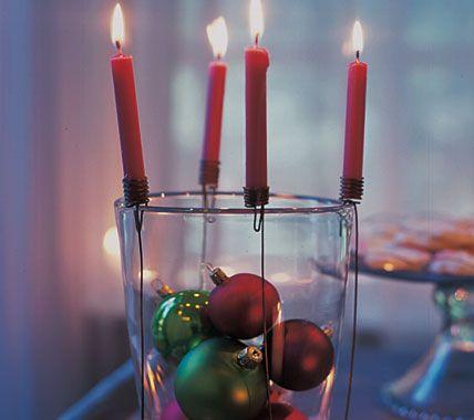 Eine Vase wird zum Kerzenhalter - Stimmungsvolle Weihnachtsdeko 5 - [LIVING AT HOME]