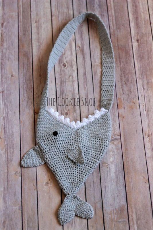 Shark Bag Free Crochet Pattern | Bolsos y estuches para niñas ...
