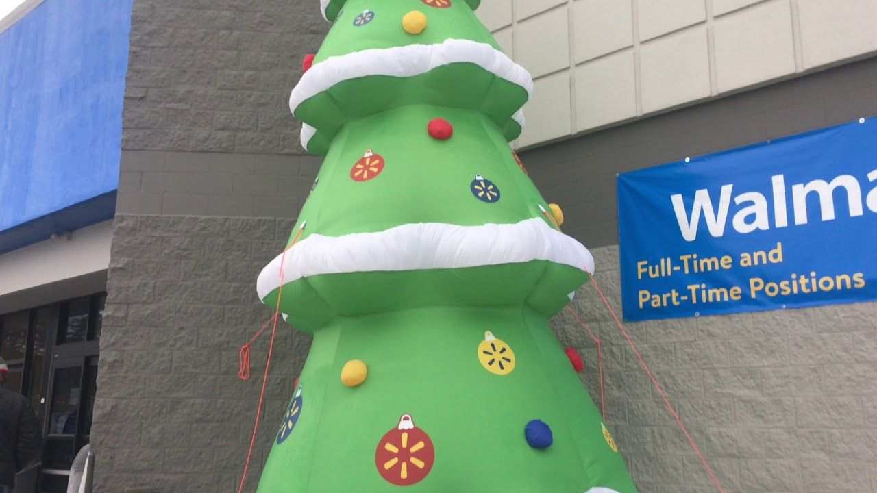Checkout This Giant Inflatable Christmas Tree At My Local Walmart Walmart Inflatable C Christmas Inflatables Inflatable Christmas Tree Christmas Decor Diy