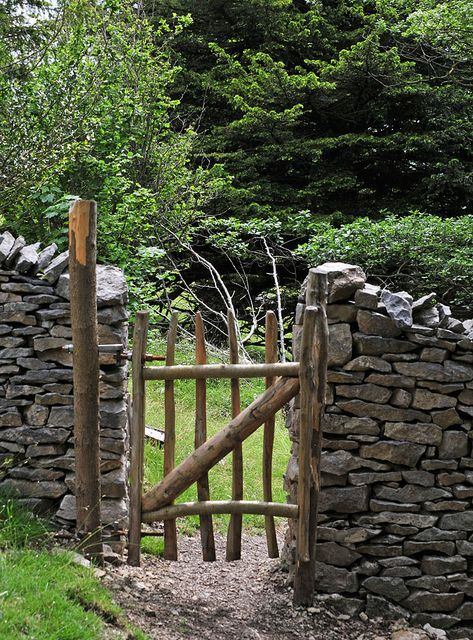 Rustic Gate Wooden Garden