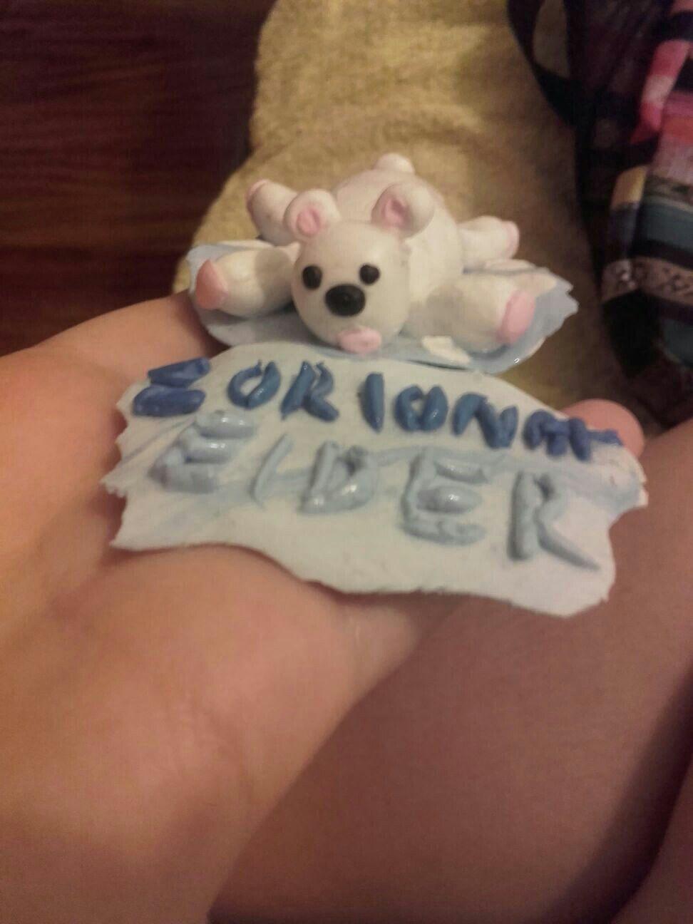Figura hecho a mano oso de goma para regalar Zorionak Felizidades