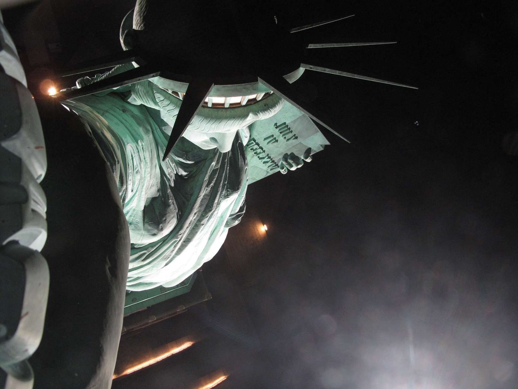 EarthCam - Statue of Liberty TorchCam
