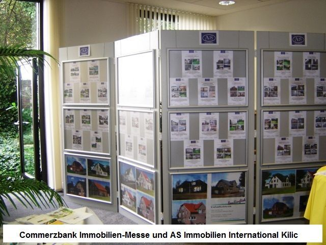 Commerzbank Immobilienmesse., und Messestand AS Immobilien