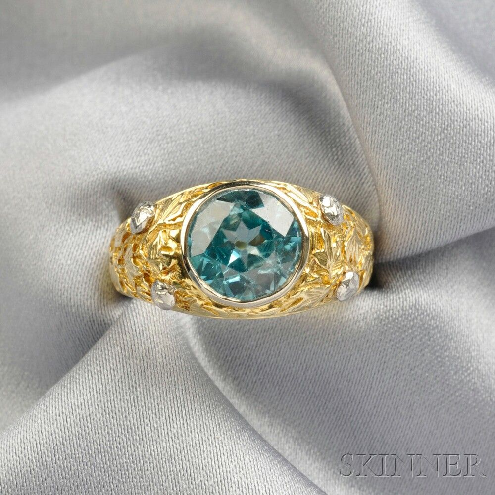 18kt Bicolor Gold and Blue Zircon Ring | Sale Number 2671B, Lot Number 214 | Skinner Auctioneers