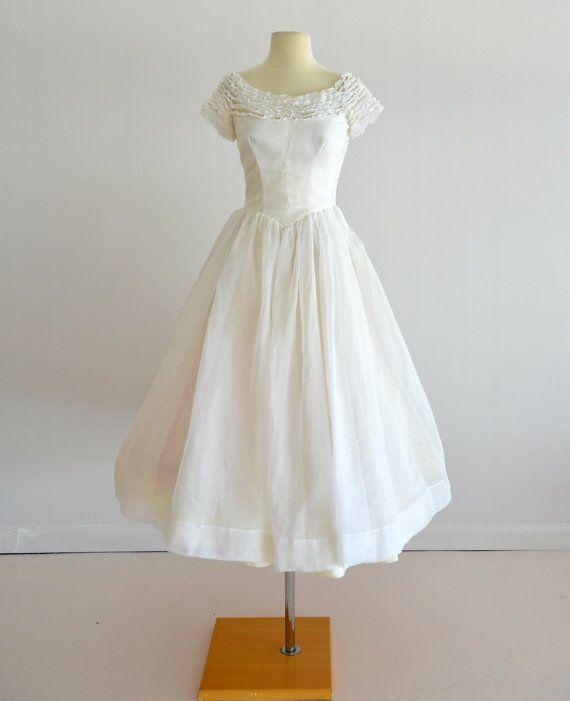 Vintage 1950s Wedding Dress...MURRAY HAMBURGER Ivory Organza Tea ...