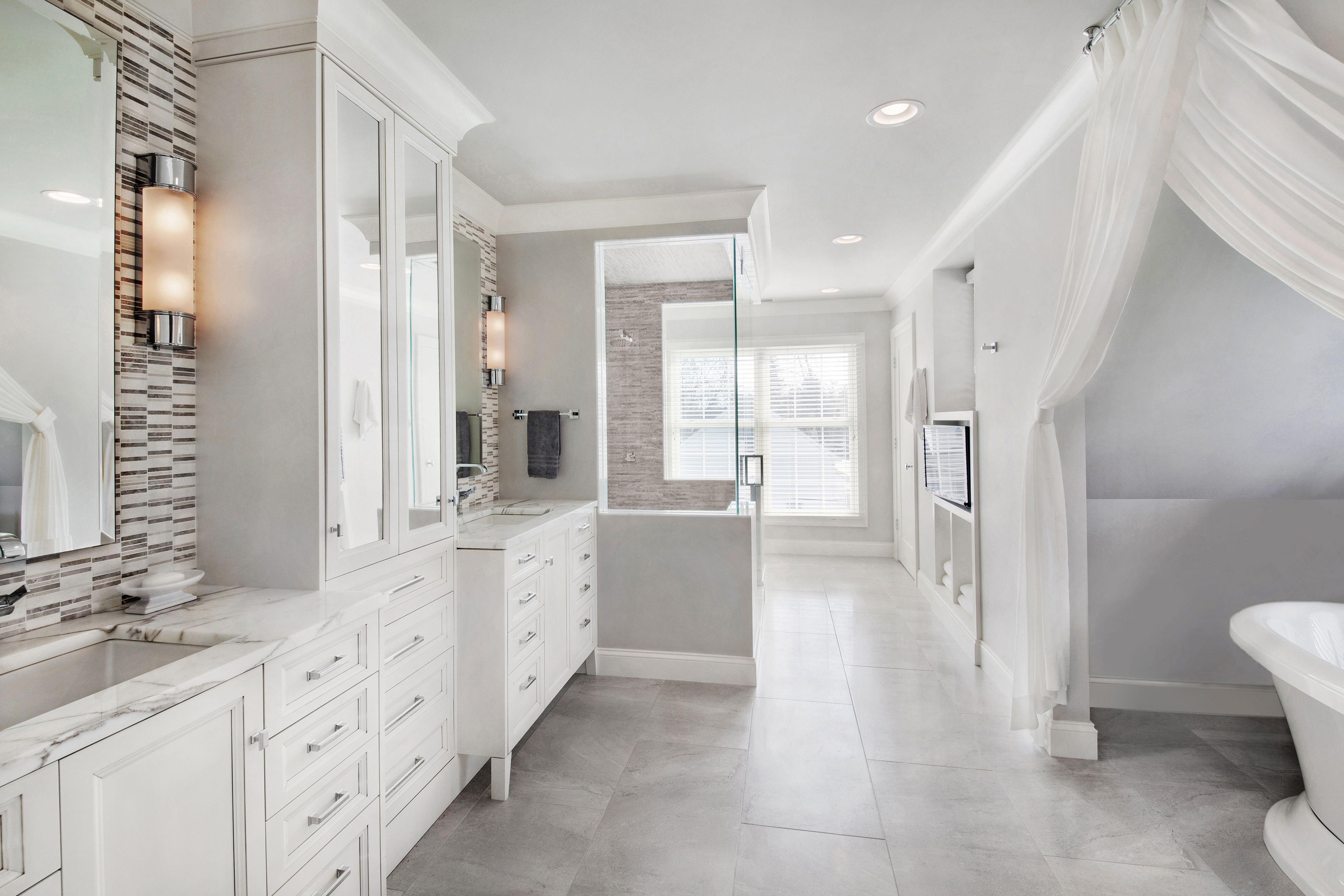 DYNAMIC DRAPES - Amy Weinstein, AMW Design Studio Master Bathroom ...