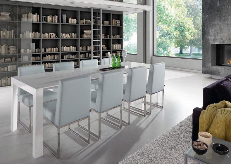 Mesa de comedor extensible en blanco lacado con brillo for Mesa comedor blanco brillo