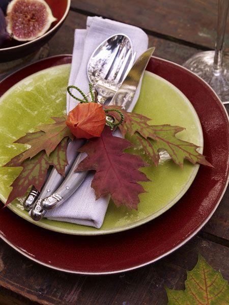 Herbstdeko mit Laub