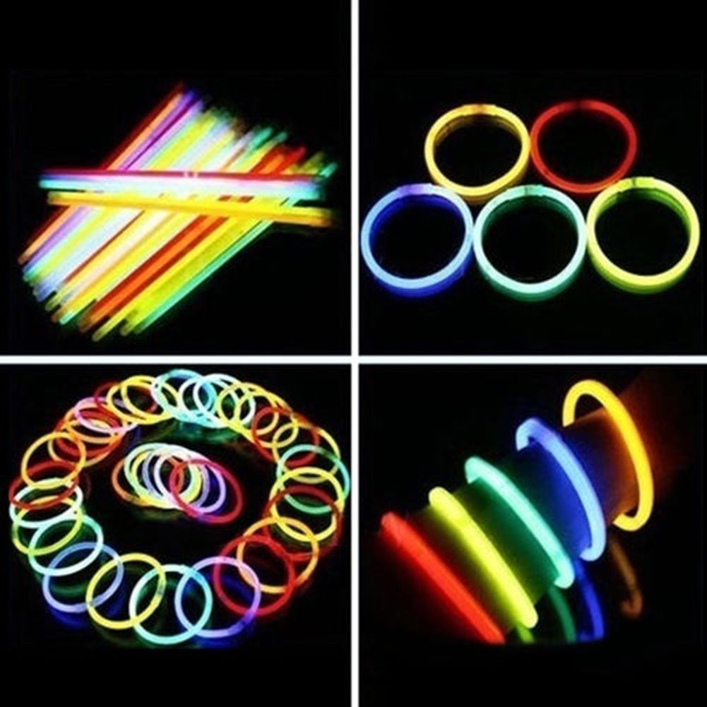 4 99 200pcs Glow Sticks Bracelets Neon Light Glowing Party Favors Rally Raves Ebay Home Garden
