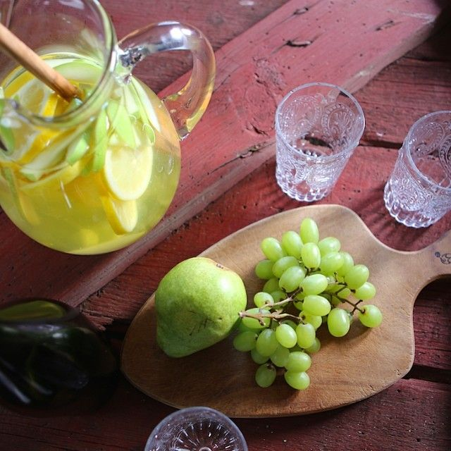 White Wine Sangria #farmhouserulesrecipes