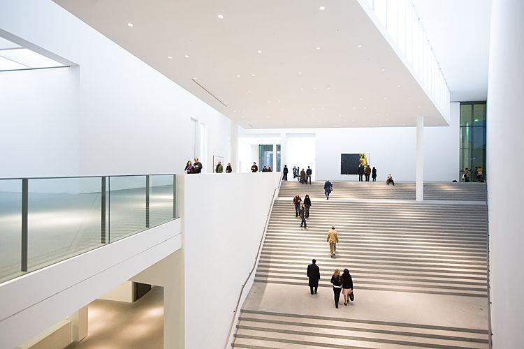 Architekturfotografie München    Pinakothek der Moderne    Architekturfotograf Effinger