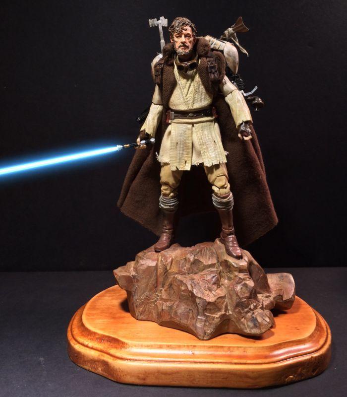 Mythos Obi-Wan (Star Wars) Custom Action Figure [Mythos Obi-Wan on the stand]
