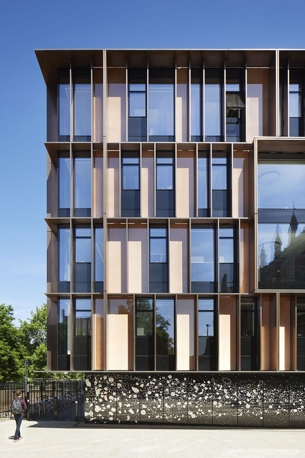 Image 4 of 24 from gallery of University of Oxford Beecroft Building / HawkinsBrown.…