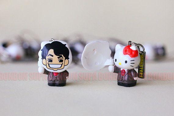 2 pcs / Decoden / Figurine / PVC / Wearing Mask / Hello Kitty / Cat / Kitten / Miniature / Dollhouse / 3CM / SR045