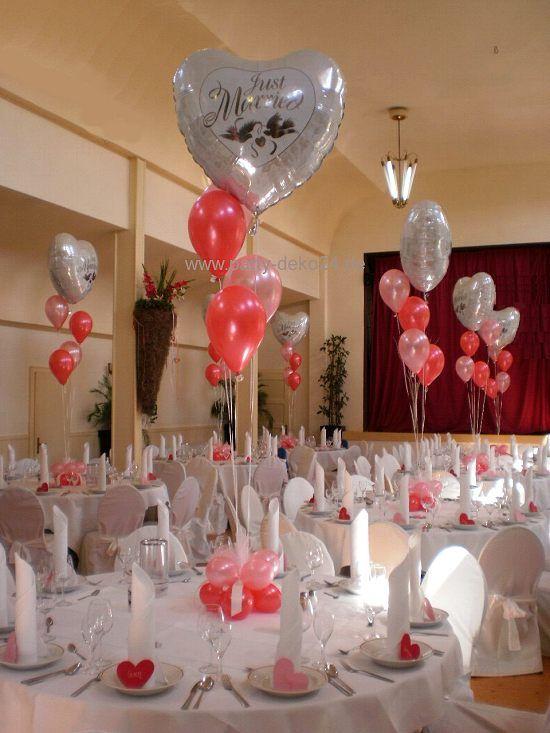 Hochzeitsdeko mit Helium Ballons  Tischdeko Hochzeit BallonBouquets mit Helium zur Deko