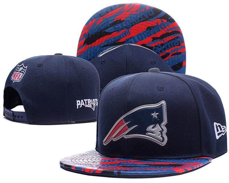 Men s New England Patriots New Era Navy Color Liquid Chrome Logo Rush On- Field Original Fit 9FIFTY Snapback Hat 5e3d012929f6