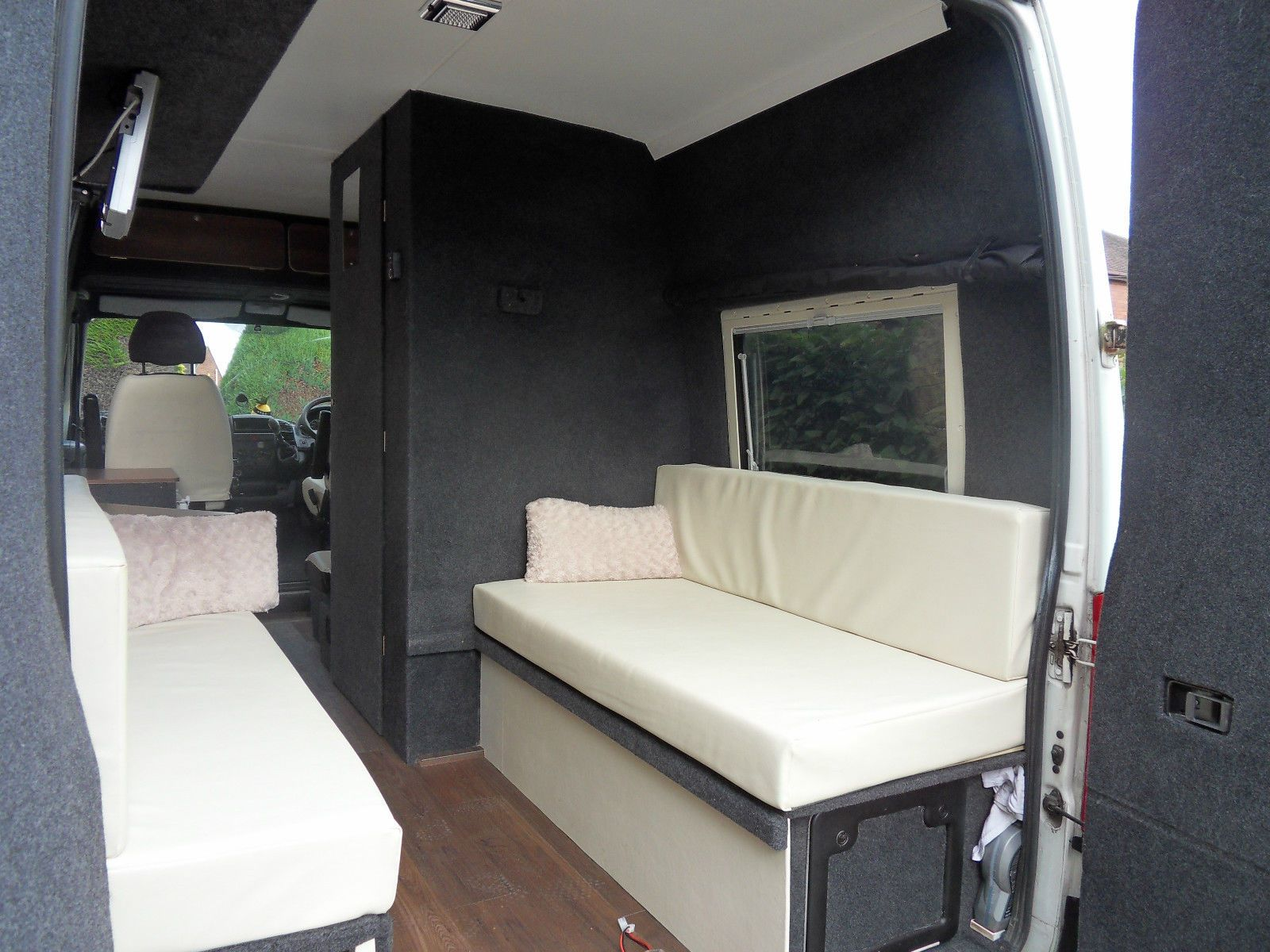citroen relay 2 2 hdi camper van motorhome lesiure van 4 seats belted campervan campervan. Black Bedroom Furniture Sets. Home Design Ideas