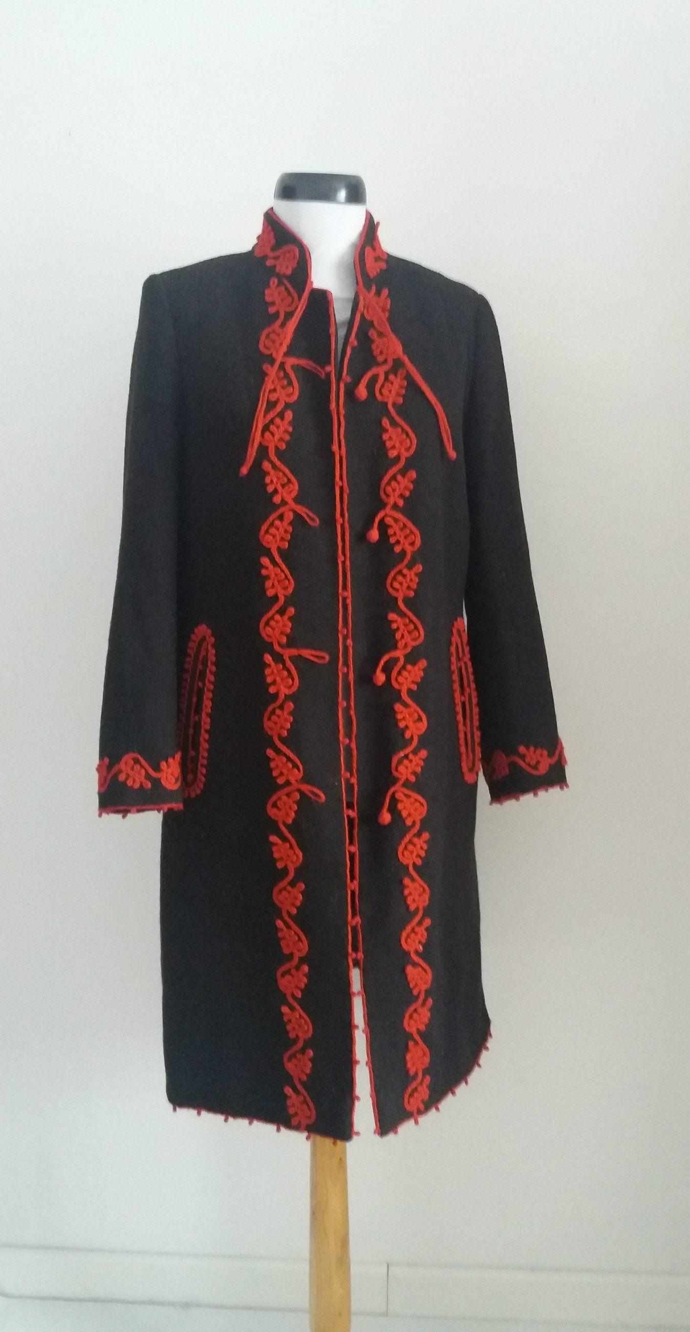 Vintage 1920s handmade traditionale coat / 1920s black