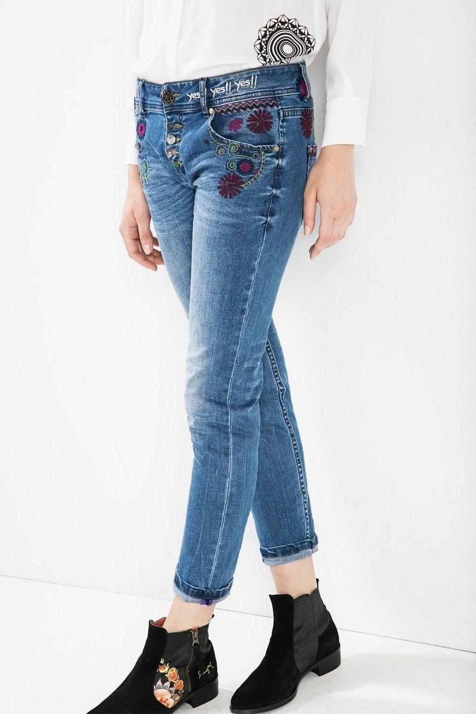 1ed0388496 Floral boyfriend jeans