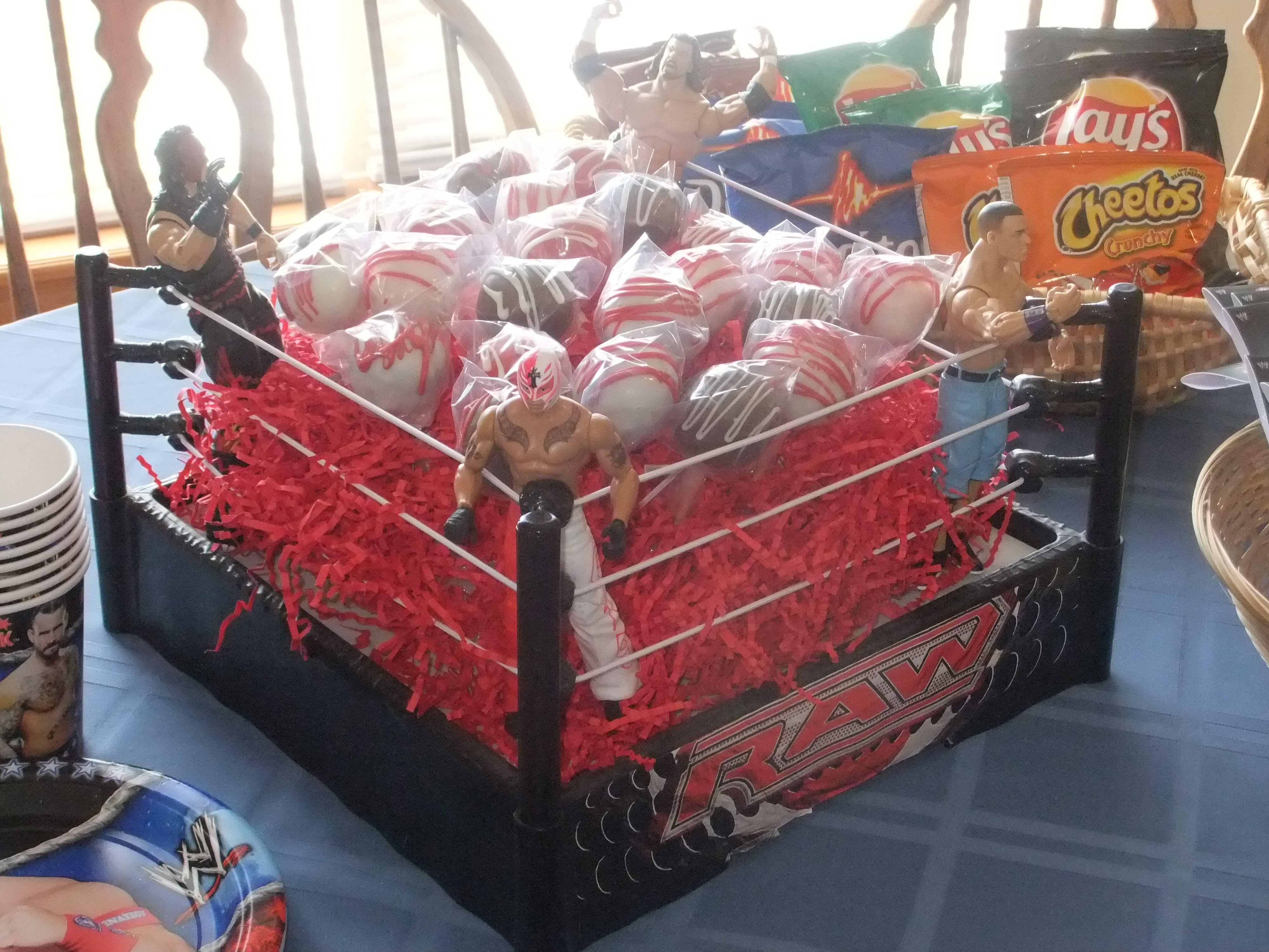 Cake Pop Wrestling Ring