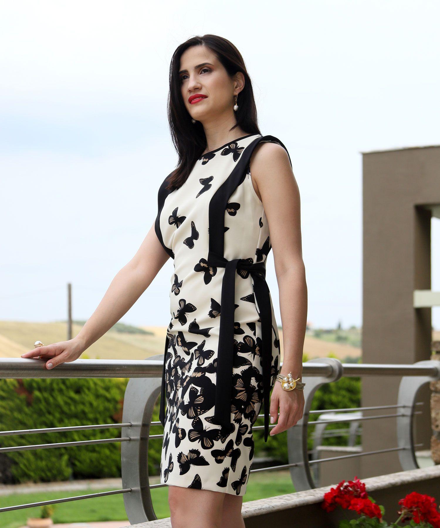 3cf66b2e17c Φόρεμα με πεταλούδες | Φορέματα | Dresses | Όμορφα κορίτσια ...