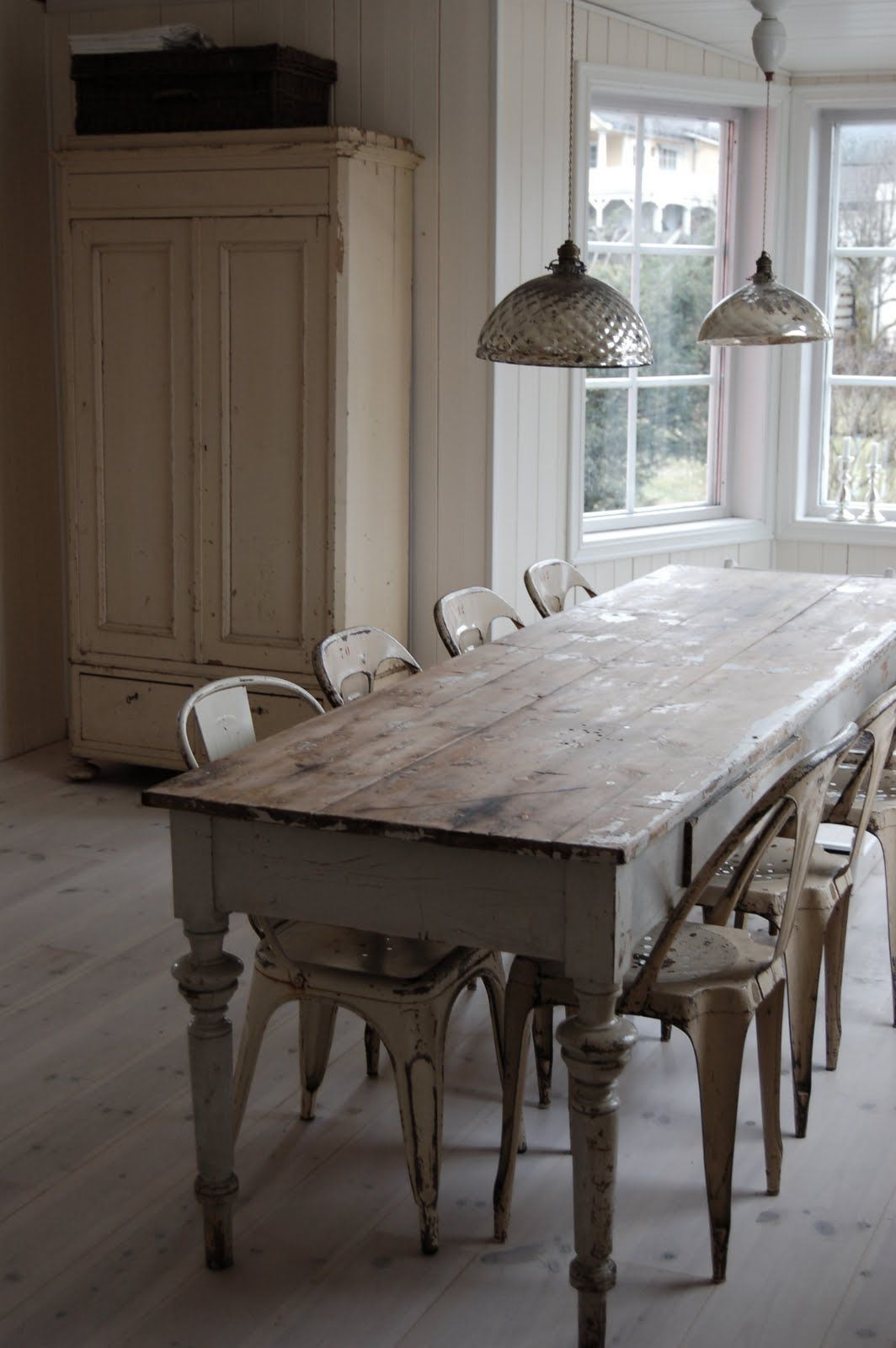 Old farmhouse dining room table & chairs...reclaimed. simple kitchen.  Repinned by www.silver-and-grey.com - Old Farmhouse Dining Room Table & Chairs...reclaimed. Simple Kitchen