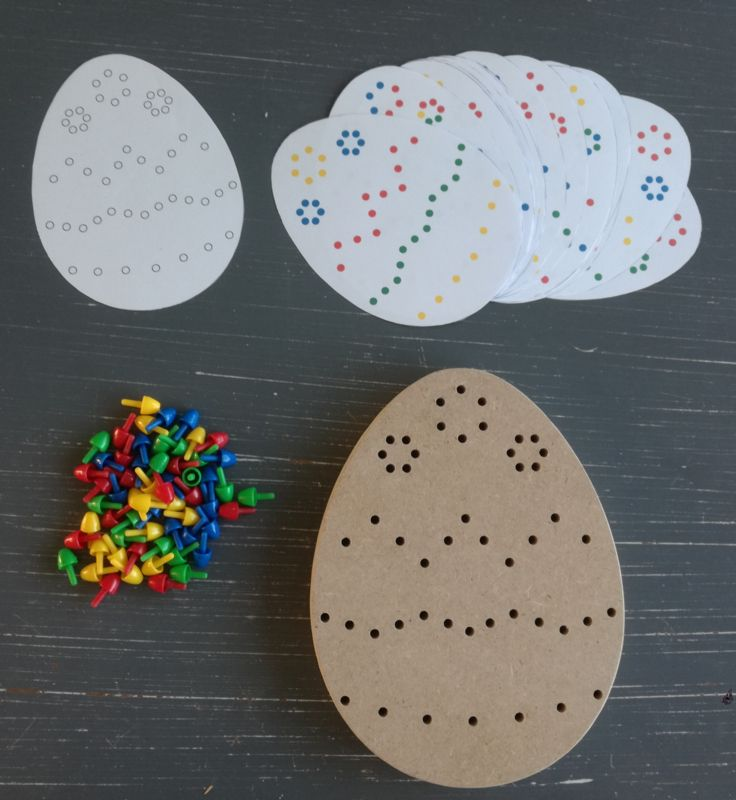 Decorate easter egg with pearls spatial orient