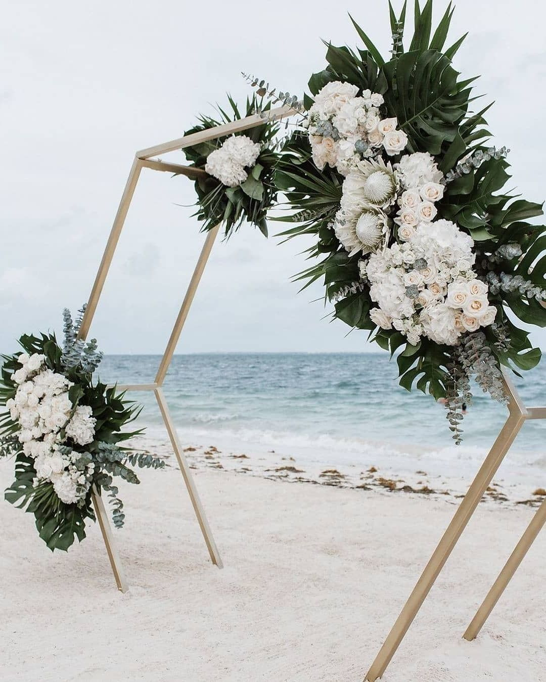 20 Beach Wedding Ceremony Arch Ideas for 2020 - Oh The Wedding Day Is Coming