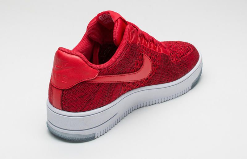 nike air force 1 low flyknit university red huaraches