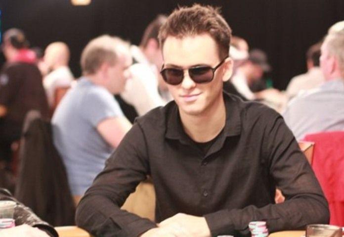 Настоящее имя игрока «Trueteller» раскрыто.  Личность российского игрока по высоким ставкам под ником «Trueteller» раскрыто. Владельцем этого аккаунта на PokerStars является Тимофей Кузнецов.