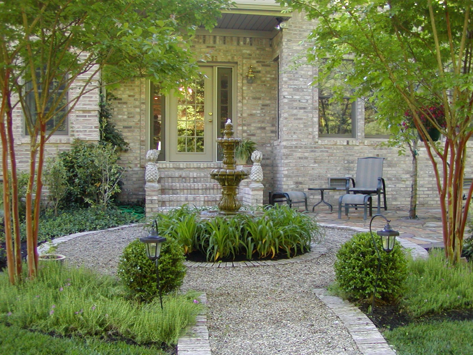 The Beautiful Garden Was Designed By Landscape Architect Helen Grivich Description From Pinterest Com French Country Garden Patio Landscaping Pea Gravel Patio