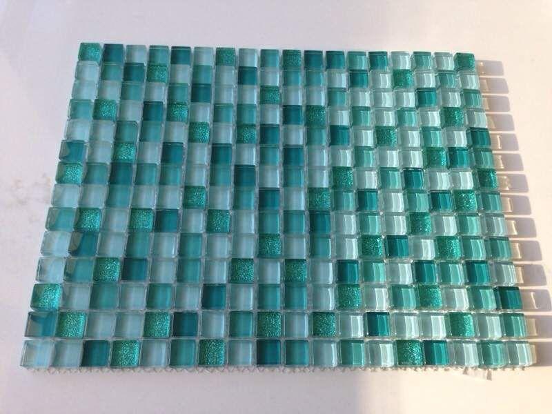 Risultati immagini per acquamarina verde acqua interiors