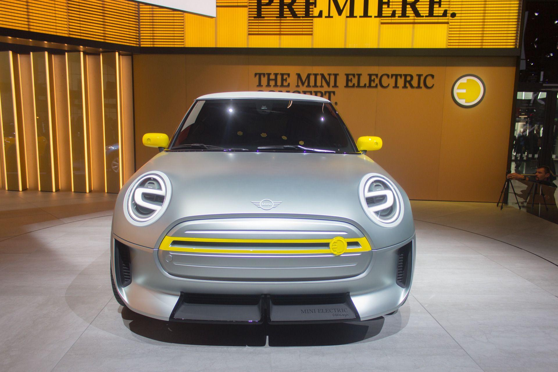 Bmw Group S Mini Brand Was An Early Pioneer Of Mainstream Electric