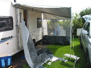 Putting Up A Roll Out Awning Step 5 Caravan Awnings Roll Out Awning Pink Houses