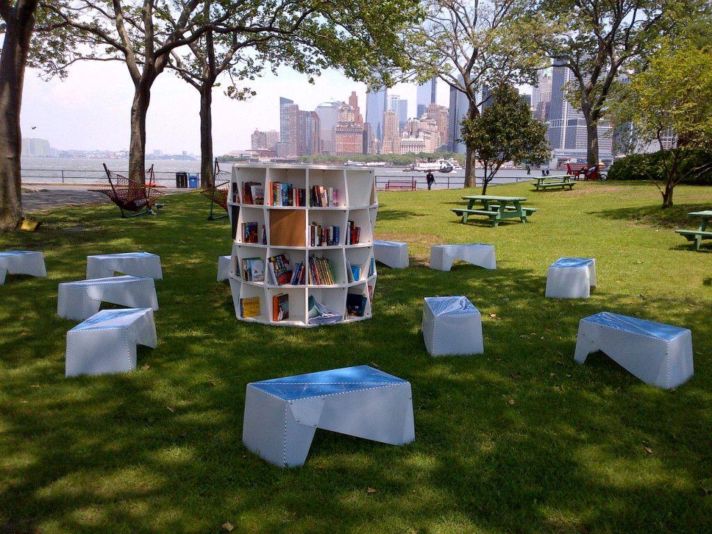 10 Outdoor Reading Nooks Outdoor reading nooks