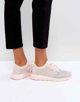 a7eb407c8bc33d adidas Originals Swift Run Primeknit Sneakers In Pale Pink
