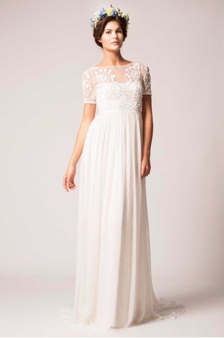 From Classic White Wedding Silhouettes To Offbeat Gowns And Two Pieces These Are The Dresses Bridal Fashion Week That Will Be Altar Bound All Next