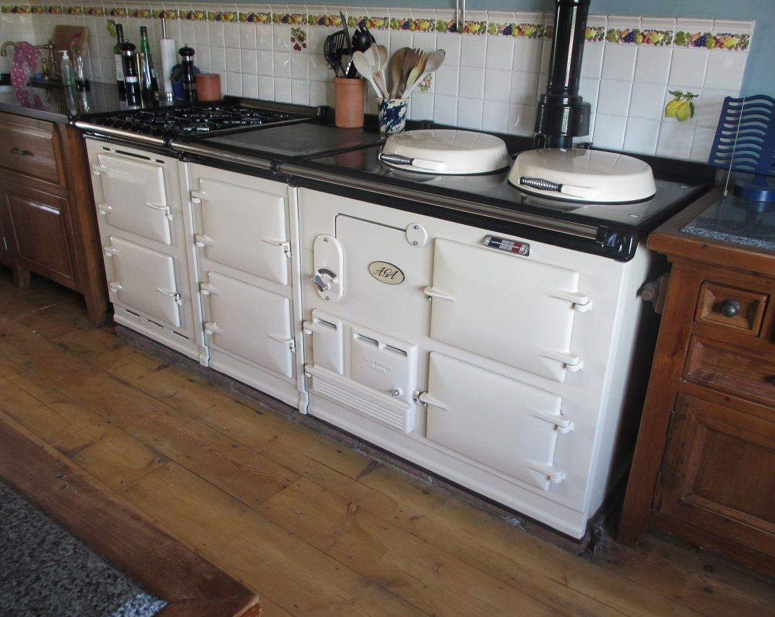 Aga Cooker Four Oven Purpose Built Gas Aga in cream WITH