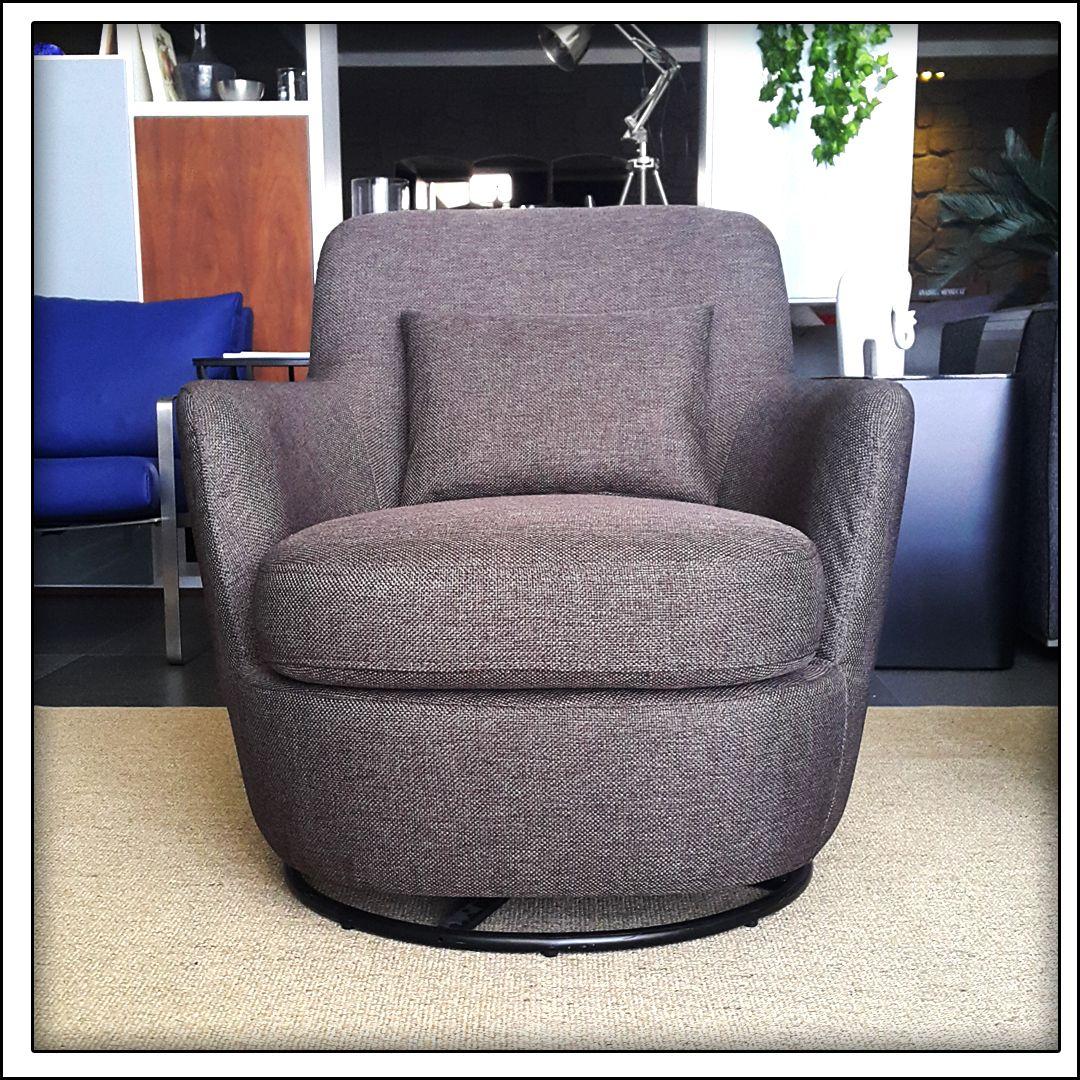 Sallanan Ve Donen Koltuk Emzirme Koltugu Nursery Chair Nurserychair Nurserygliders Koltuklar Mobilya Sandalye