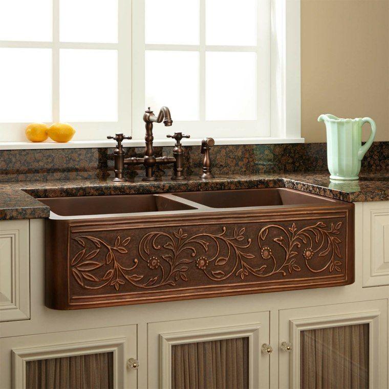 la cuisine am nag e avec vier en cuivre une bonne id e id es pour la maison pinterest. Black Bedroom Furniture Sets. Home Design Ideas
