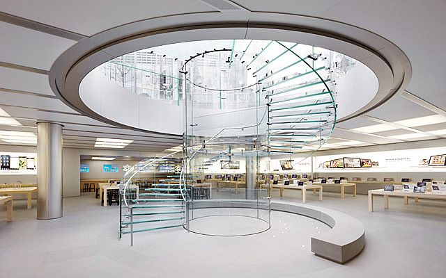 Steve Jobs Also Visionary In Design Architecture Apple Store Interior Store Design Interior Glass Stairs