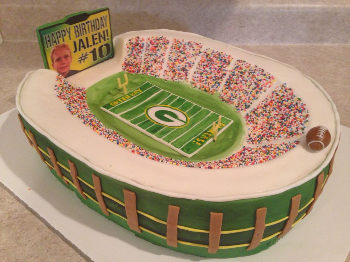 Lambeau Field Cake Packers Football Packers Party Football Cake Cupcake Cakes