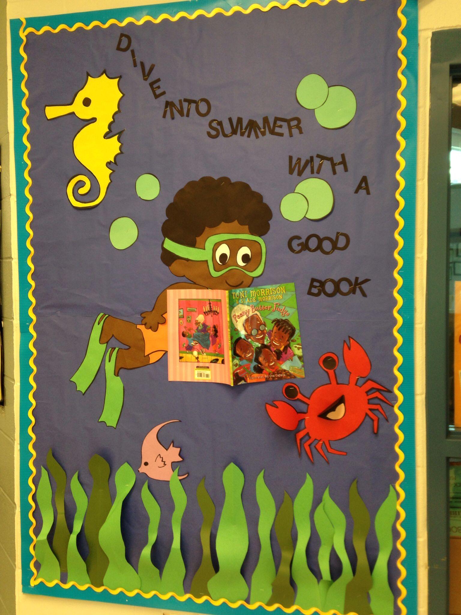 Summer Reading Bulletin Board Library