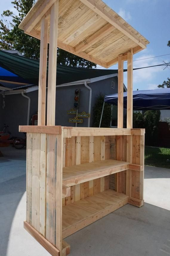 Reclaimed Pallet Wood Lemonade Bar (Adult Size Lemonade Stand) #lemonade